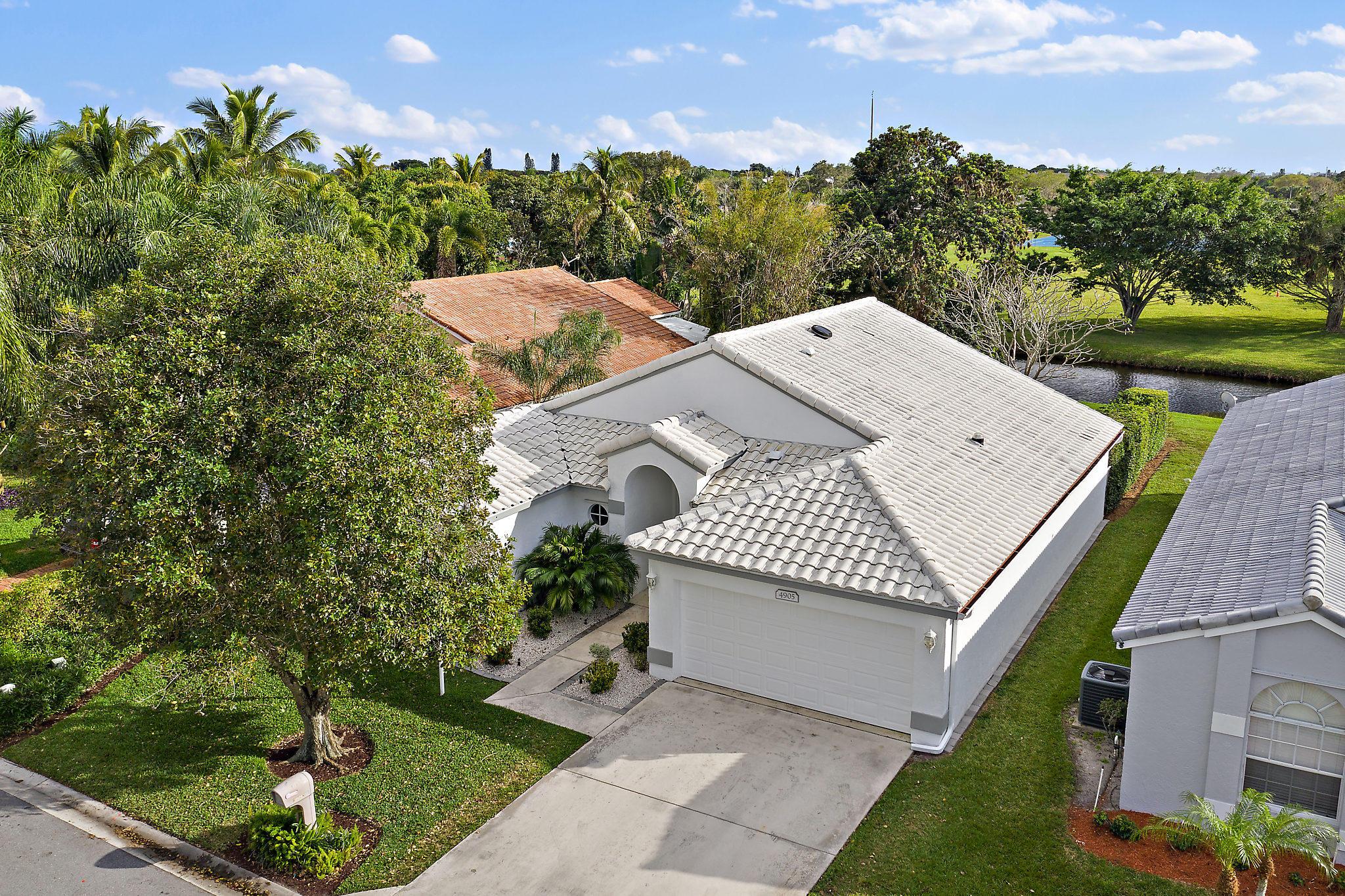 4905 Broadstone Circle West Palm Beach, FL 33417