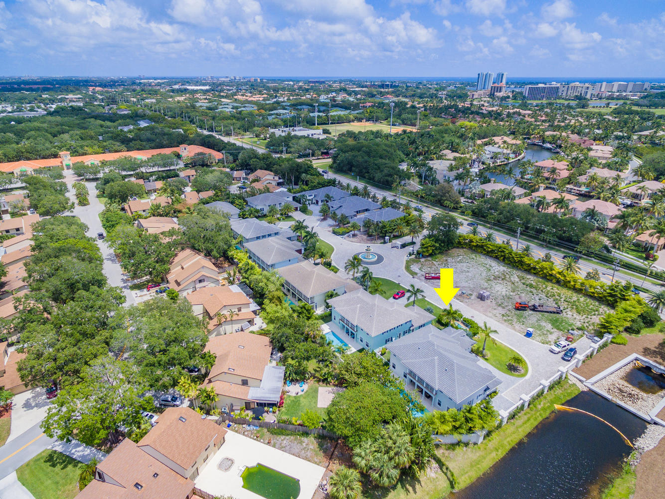 THE ESTATES OF NORTH PALM BEAC REALTY