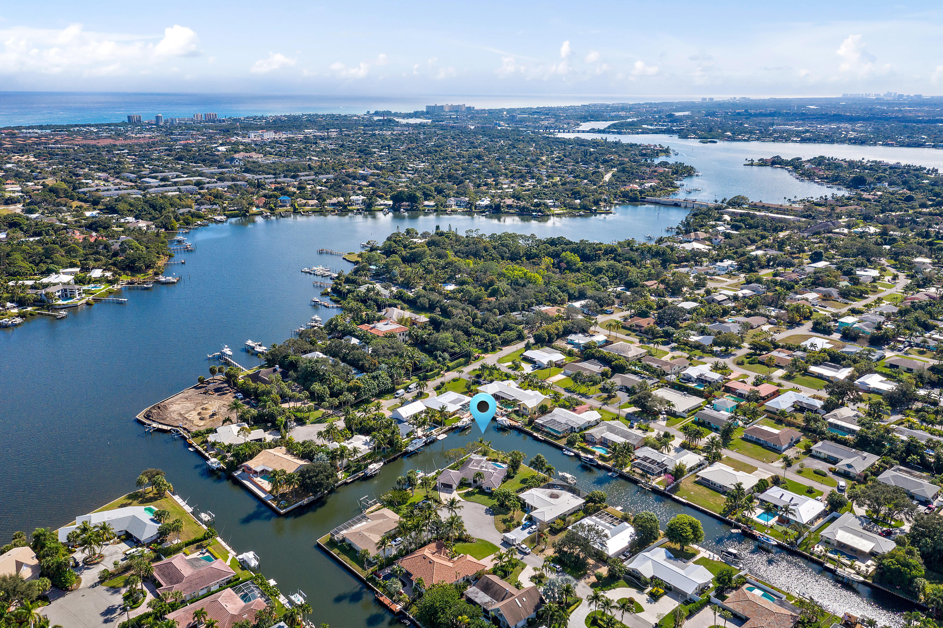 28 Leeward Circle  Tequesta FL 33469