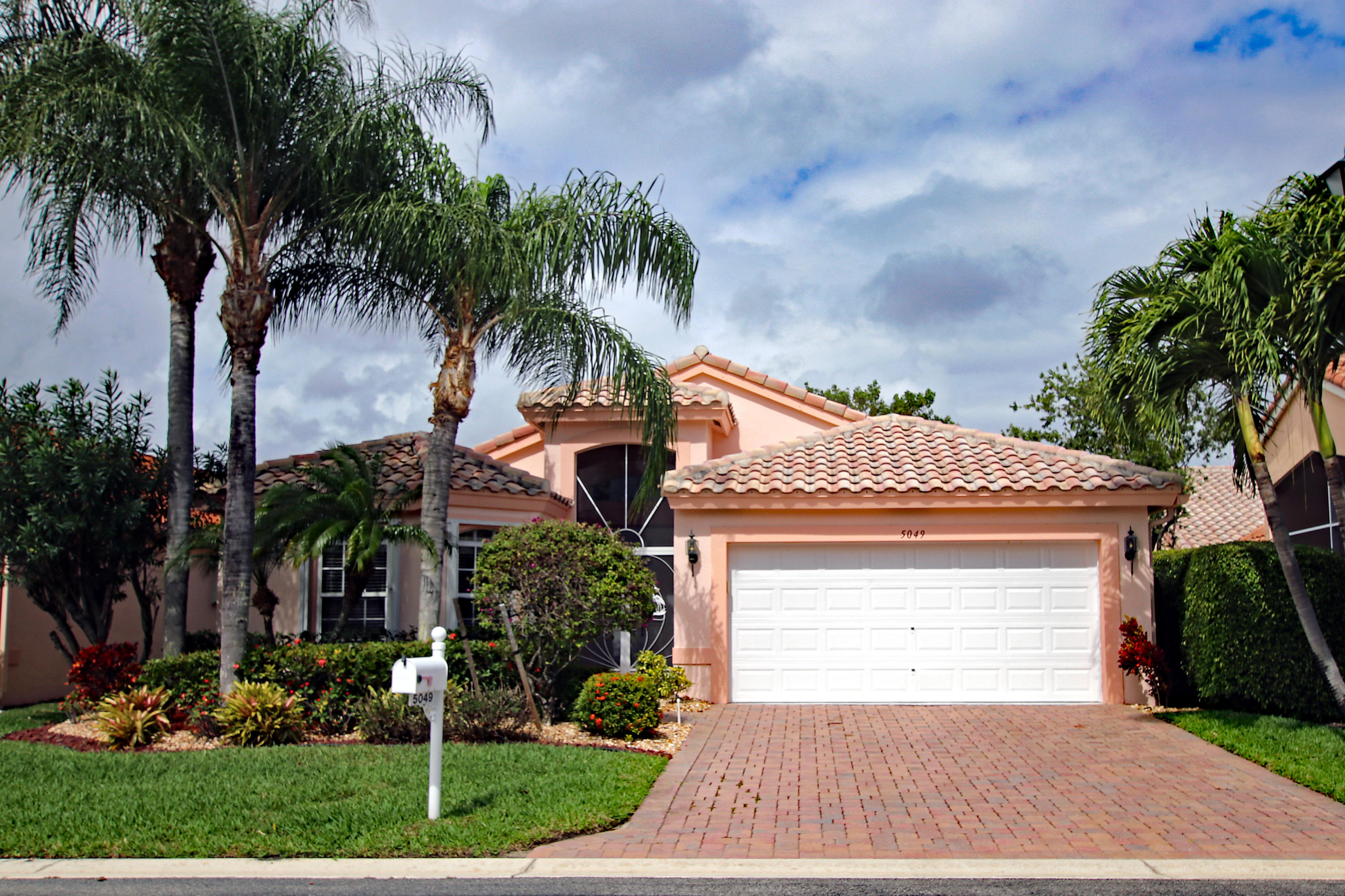 5049 Polly Park Lane Boynton Beach, FL 33437