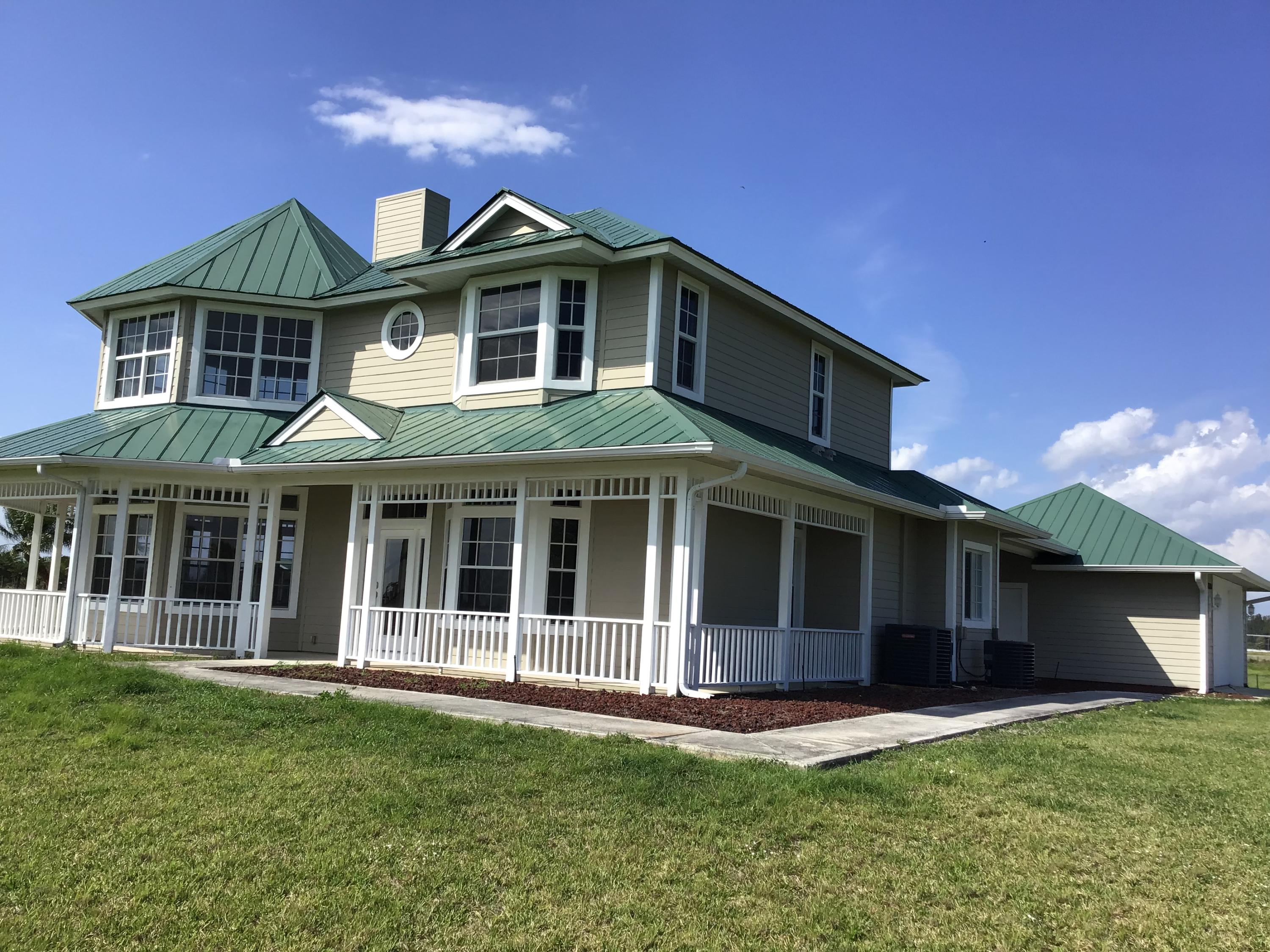 13700 SW Groveside Drive - Indiantown, Florida