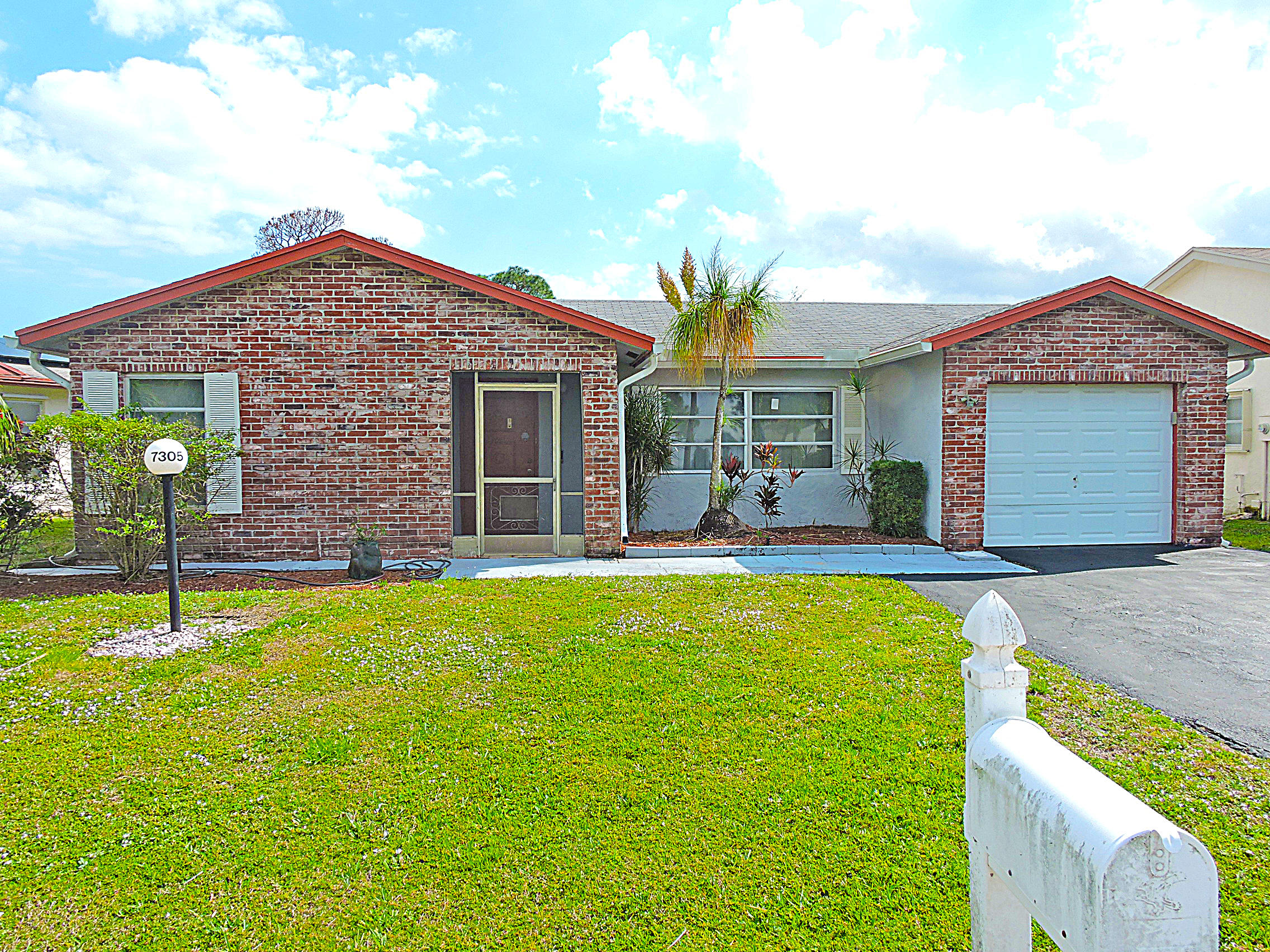 Home for sale in LUCERNE LAKES HOMES VILLAGE 1 4TH ADD Lake Worth Florida