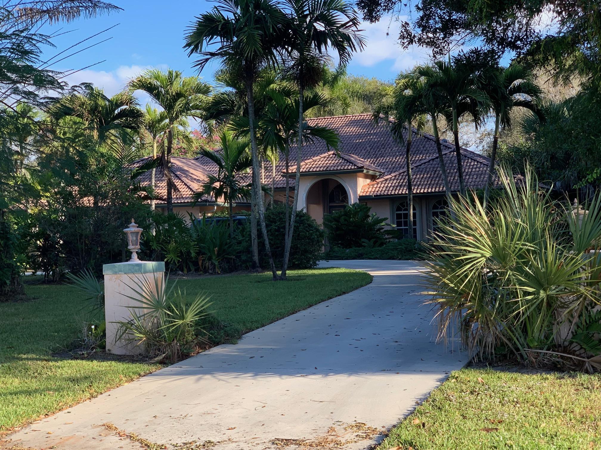 Home for sale in PADDOCK PARK 1 OF WELLINGTON Wellington Florida