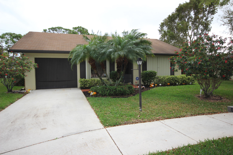 2716 Carnation Court  Delray Beach, FL 33445