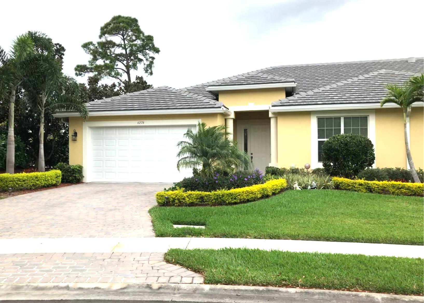 6276 NW Helmsdale Way, Port Saint Lucie, Florida