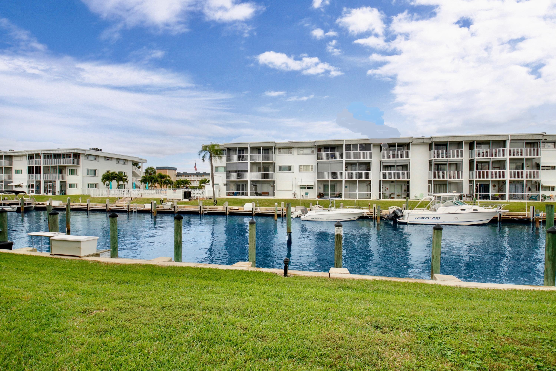 112 Doolen Court 205, North Palm Beach, Florida 33408, 1 Bedroom Bedrooms, ,1 BathroomBathrooms,A,Condominium,Doolen,RX-10508390