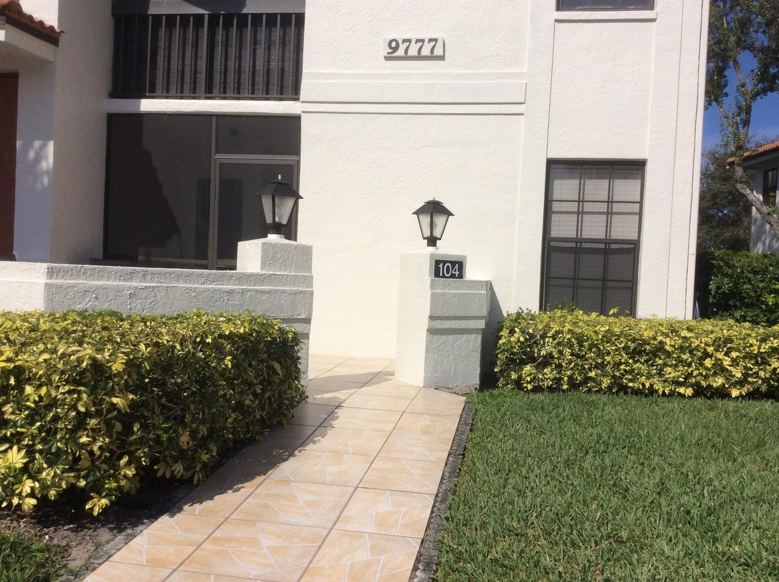 9777 Sills Drive 104 Boynton Beach, FL 33437