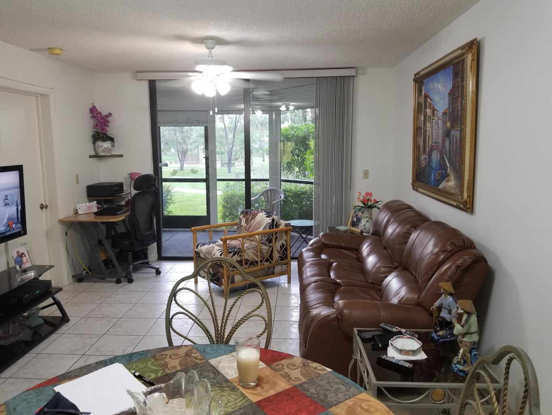 3138 Via Poinciana 117 Lake Worth, FL 33467