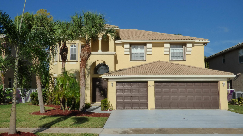 2252 Ridgewood Court Royal Palm Beach, FL 33411