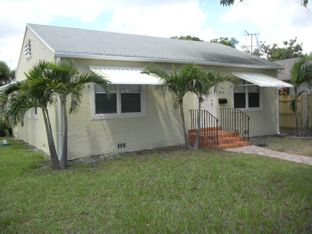5815 Garden Avenue West Palm Beach, FL 33405