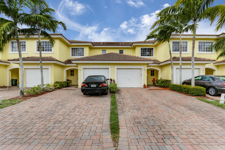 673 Imperial Lake Road West Palm Beach, FL 33413