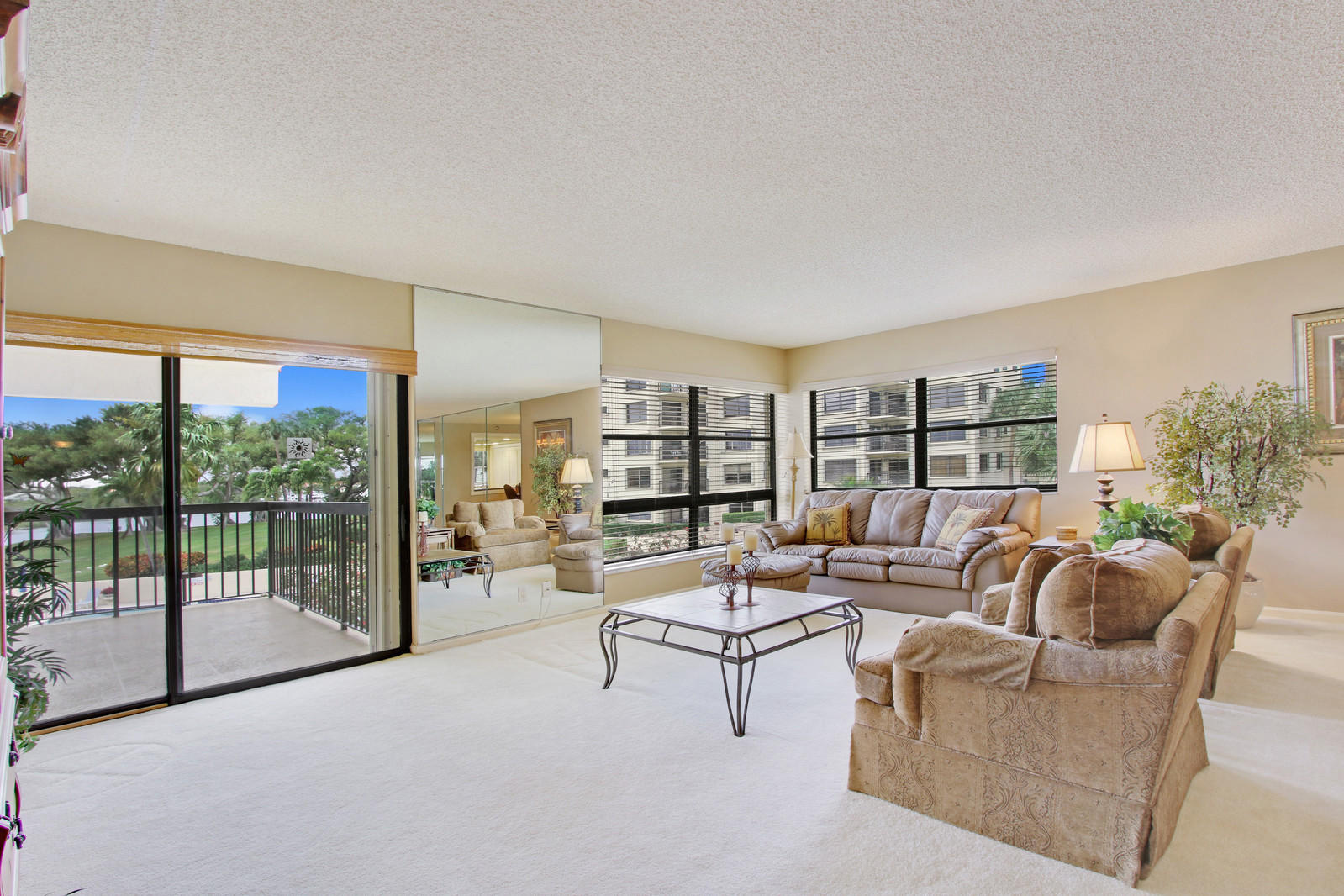 364 Golfview Road 305, North Palm Beach, Florida 33408, 3 Bedrooms Bedrooms, ,2 BathroomsBathrooms,A,Condominium,Golfview,RX-10508819