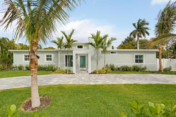 915 N Swinton Avenue  Delray Beach, FL 33444