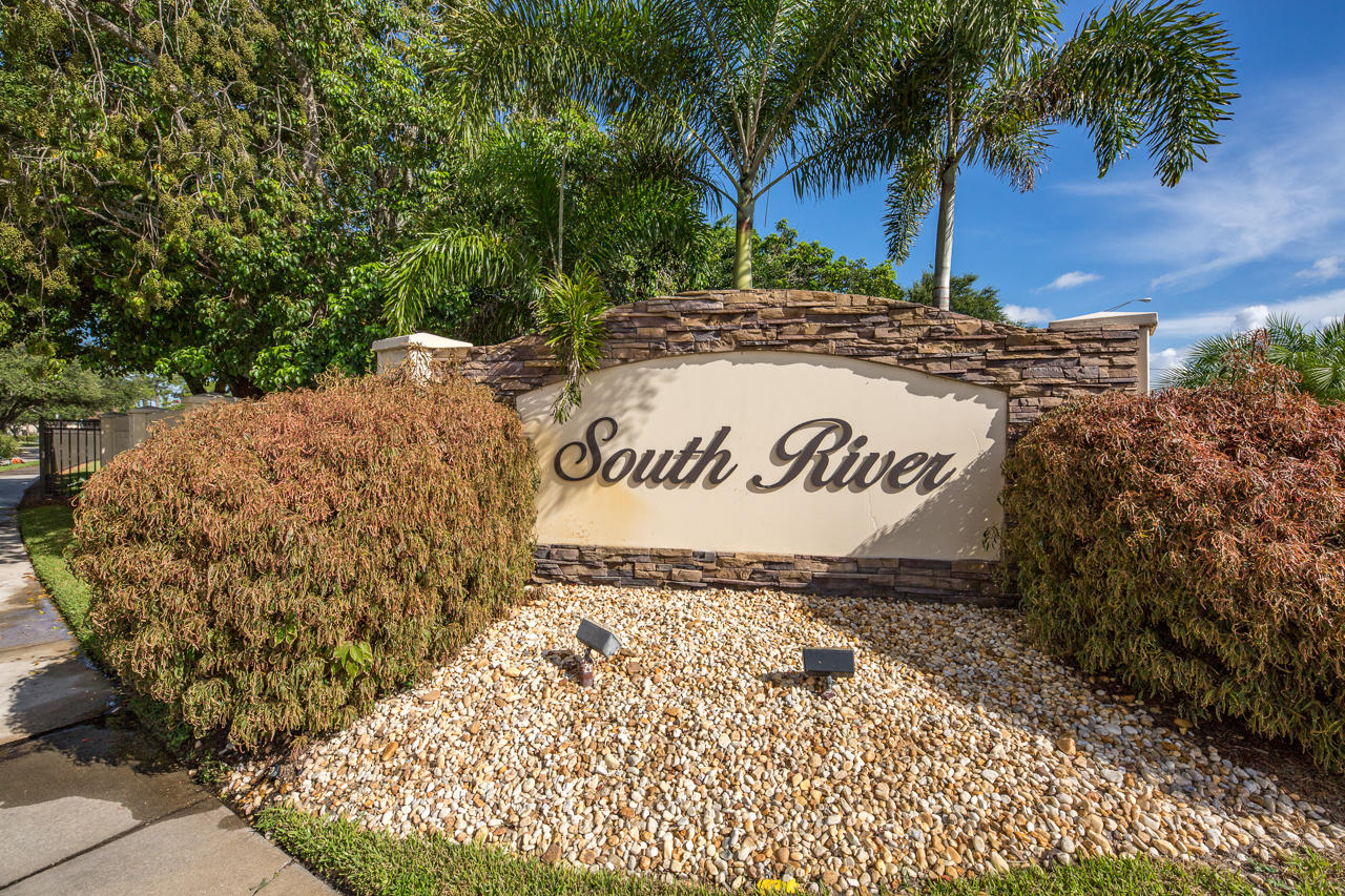 Home for sale in SOUTH RIVER VILLAGE ONE CONDO Stuart Florida