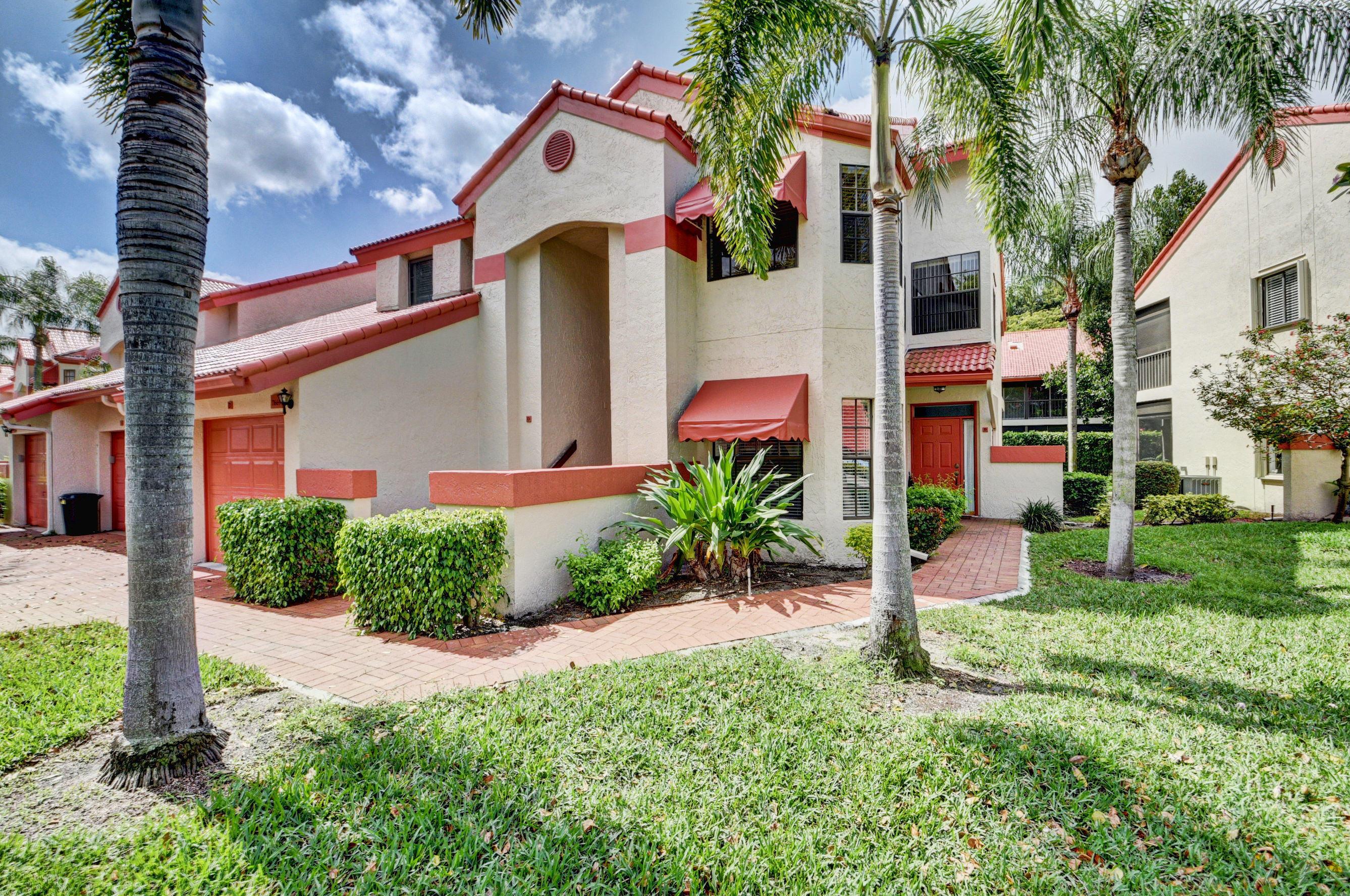 LEXINGTON CLUB VILLAS CONDO home 7669 Lexington Club Boulevard Delray Beach FL 33446