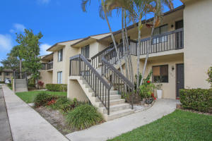 Property for sale at 21950 Soundview Terrace Unit: 205, Boca Raton,  Florida 33433