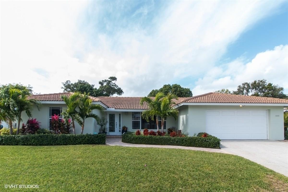 1601 W Terrace Drive Lake Worth, FL 33460