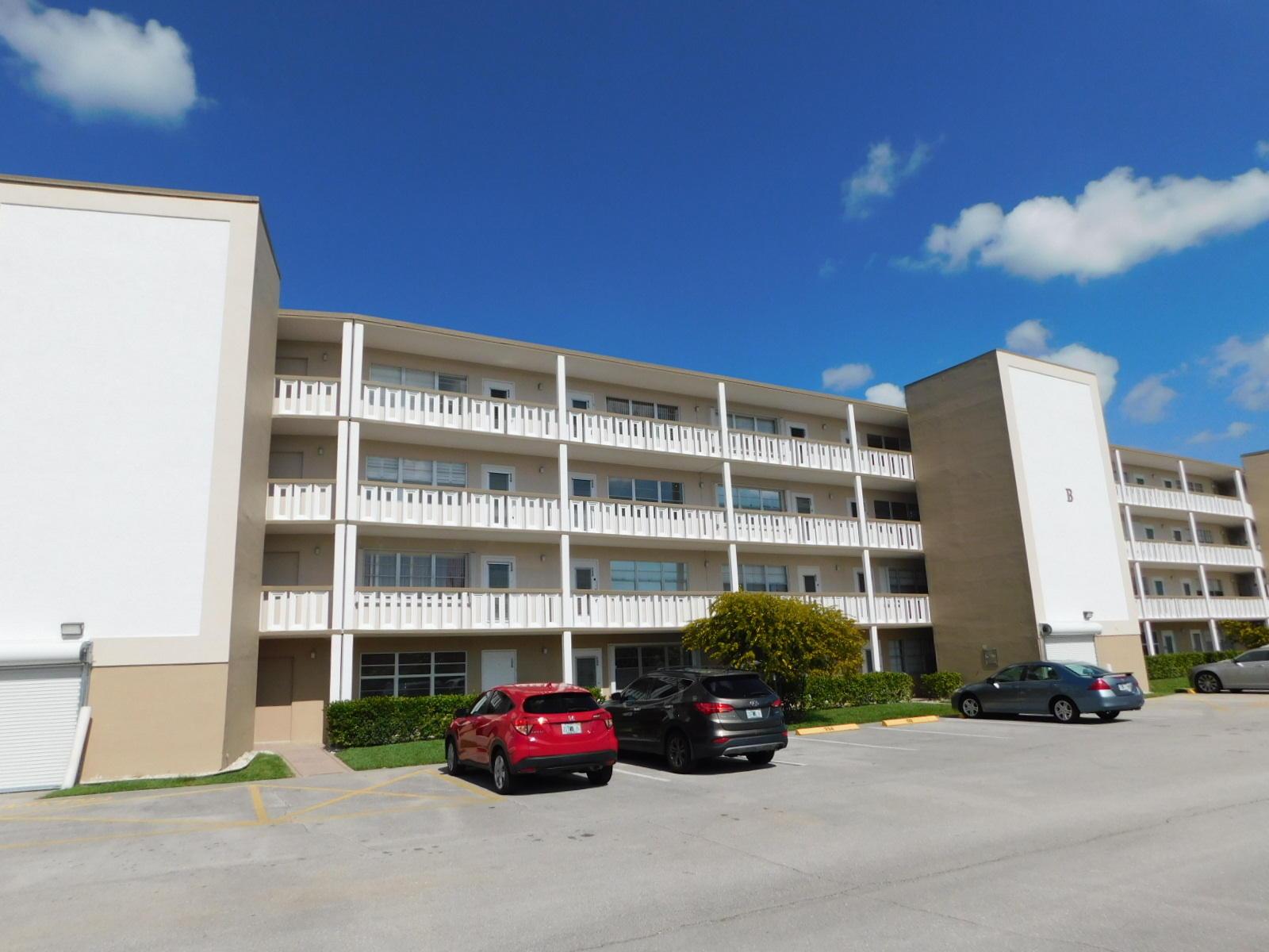 232 Dover B 232b West Palm Beach, FL 33417