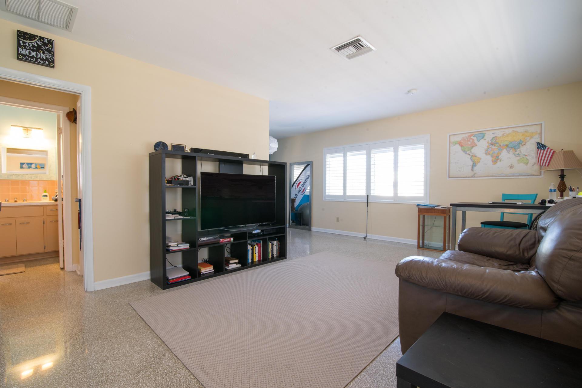 426 NE 7th Avenue 2g Delray Beach, FL 33483 photo 5