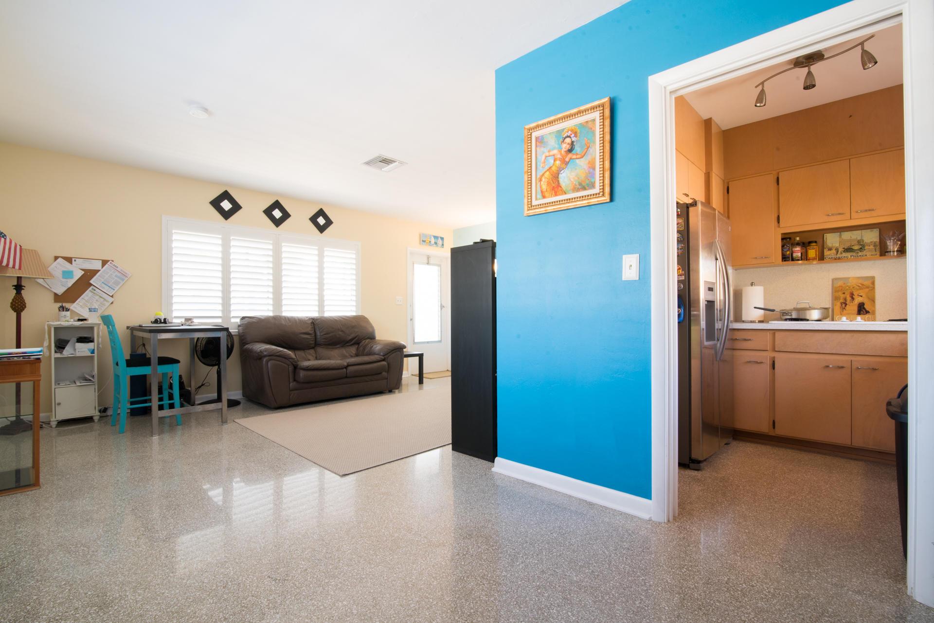426 NE 7th Avenue 2g Delray Beach, FL 33483 photo 4