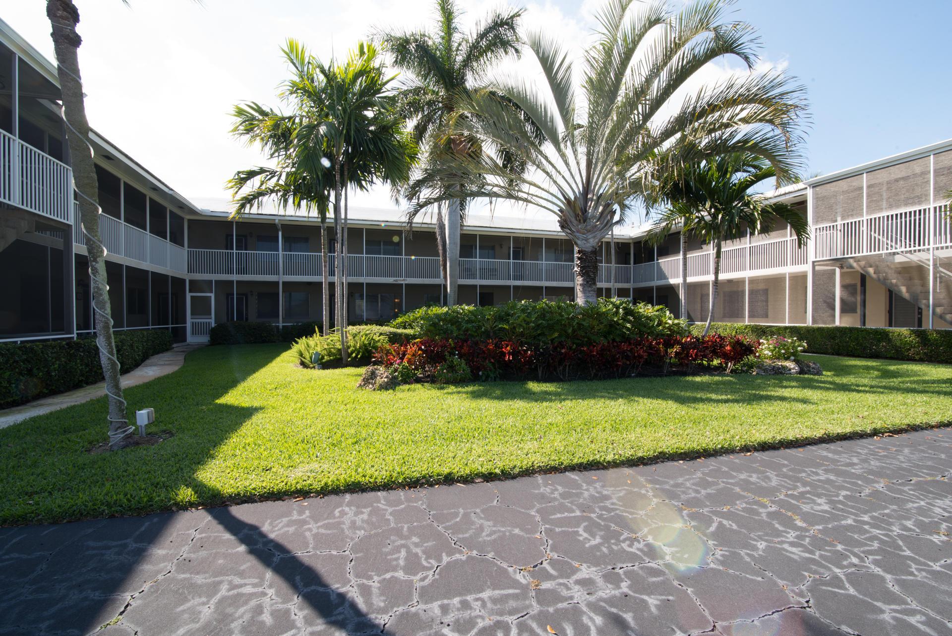 426 NE 7th Avenue 2g Delray Beach, FL 33483 photo 12