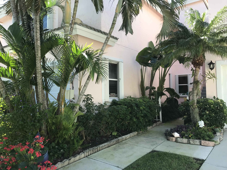 4403 Fairway Drive, Jupiter, Florida 33477, 2 Bedrooms Bedrooms, ,2.1 BathroomsBathrooms,F,Townhouse,Fairway,RX-10509219