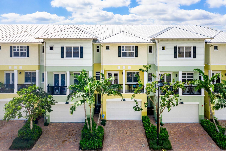 236 S Latitude Circle  Delray Beach, FL 33483