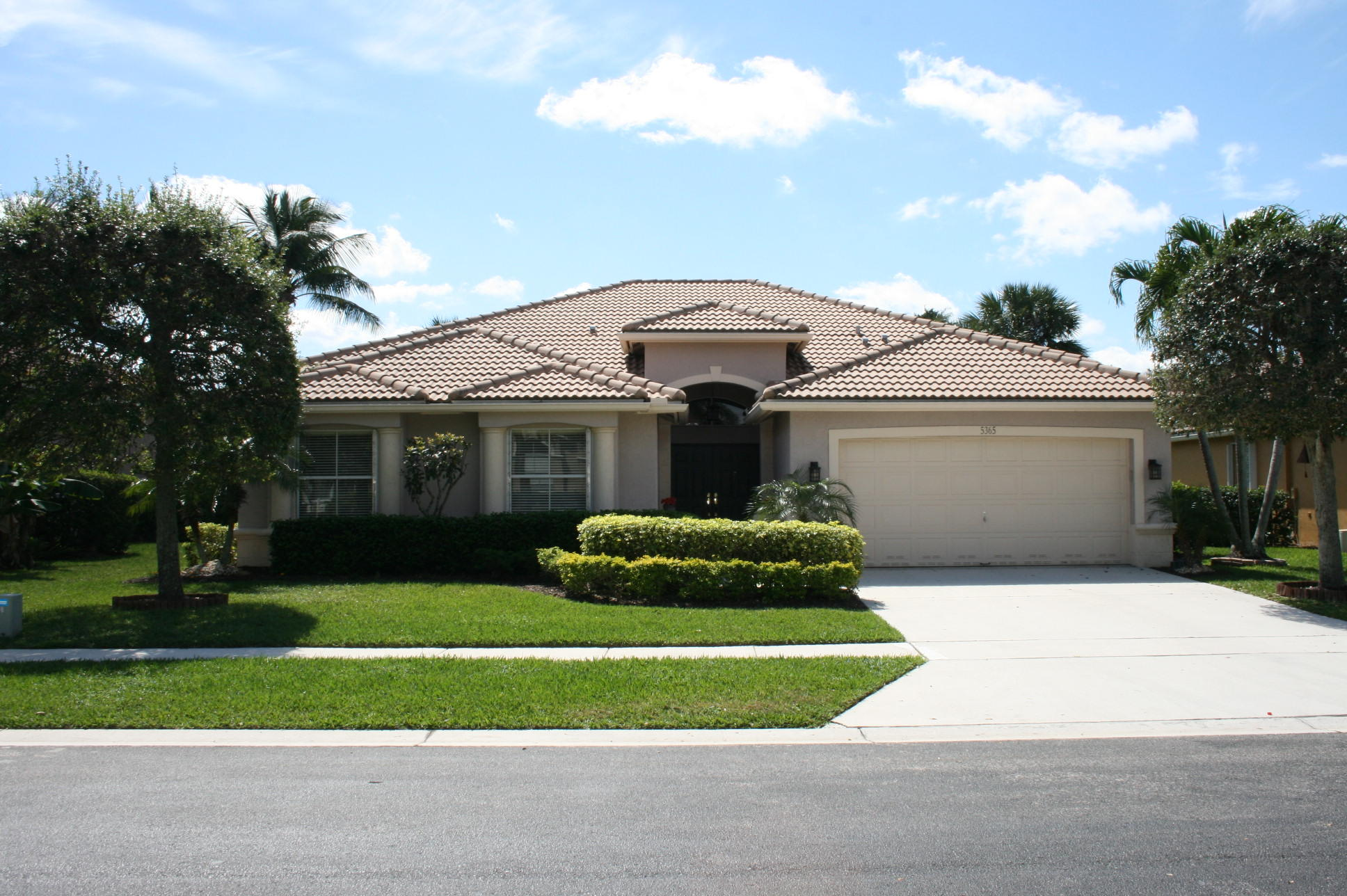 5365 Oakmont Village Circle Lake Worth, FL 33463