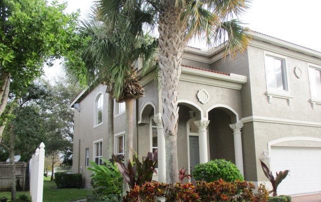 1006 Grove Park Circle Boynton Beach, FL 33436 photo 2