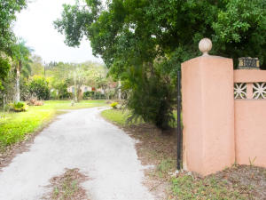Property for sale at 16688 Rustic Road, Wellington,  Florida 33470