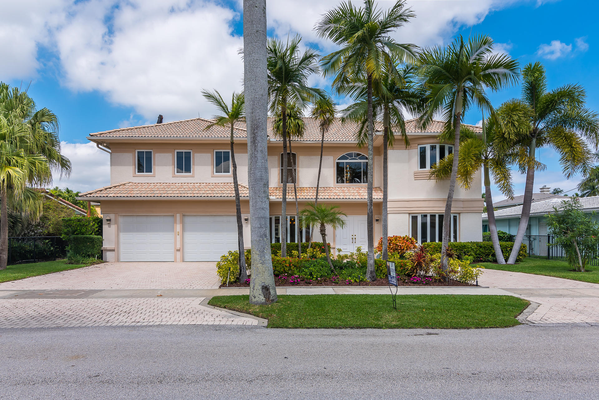 Photo of  Boca Raton, FL 33487 MLS RX-10396215