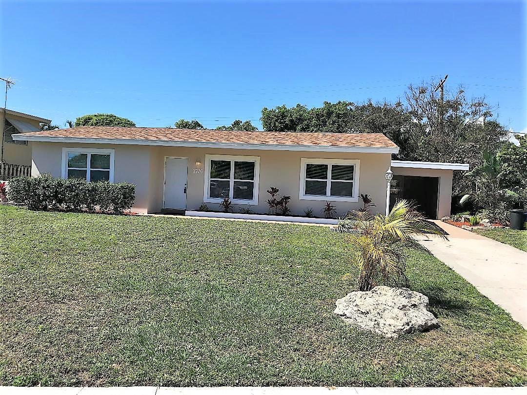 Home for sale in LAKE OSBORNE ESTATES 5 Lake Worth Florida