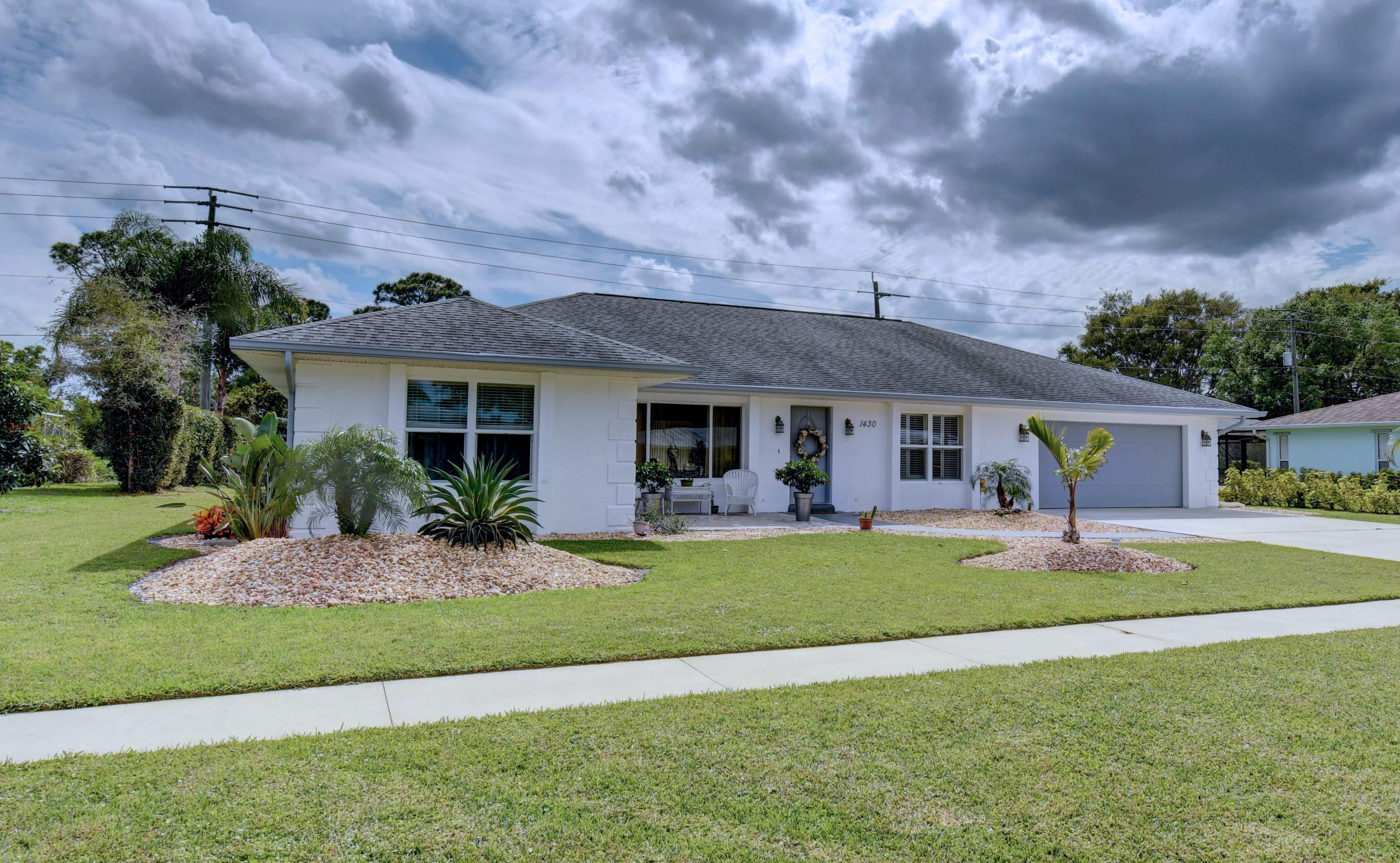 1430 SE Sunshine Avenue, Port Saint Lucie, Florida