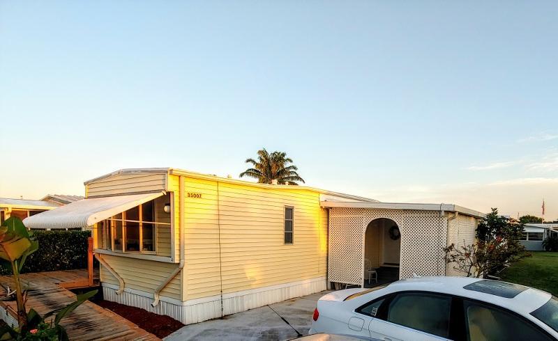 JAMAICA BAY MOBILE HOME CO OP home 35007 Cayos Bay Boynton Beach FL 33436
