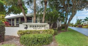Pierpoint Yacht Club