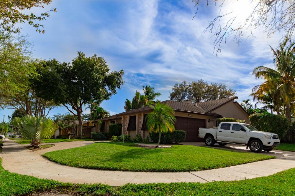 1273 SW 27th Avenue - Deerfield Beach, Florida