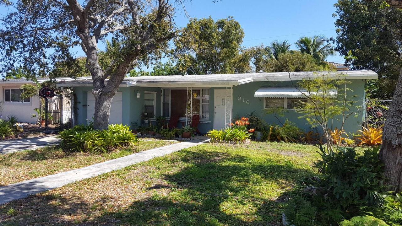 Home for sale in CRESTVIEW Pompano Beach Florida