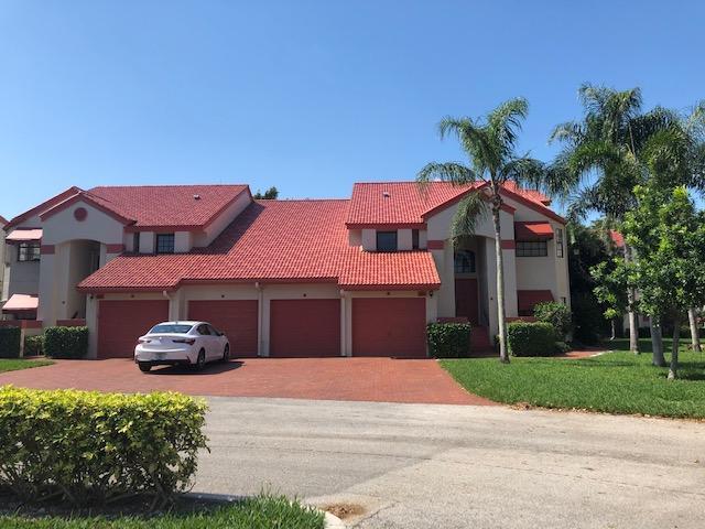 LEXINGTON CLUB VILLAS CONDO home 7665 Lexington Club Boulevard Delray Beach FL 33446
