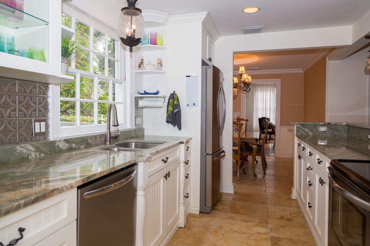 1440 Swinton Avenue, Delray Beach, Florida 33444, 3 Bedrooms Bedrooms, ,3 BathroomsBathrooms,Single Family Detached,For Sale,Swinton,RX-10510117