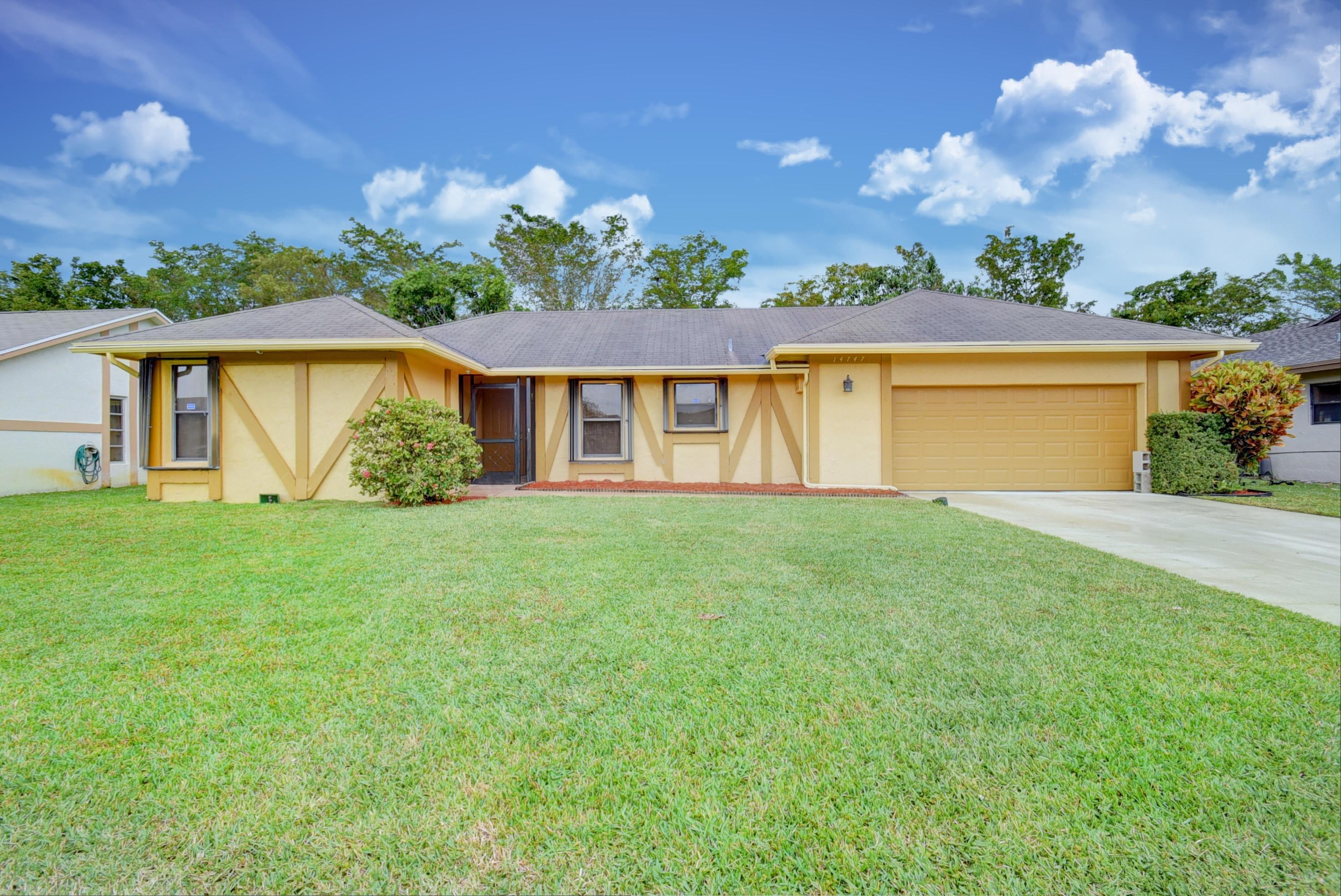 14747 Hideaway Lake Lane  Delray Beach, FL 33484