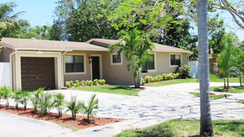 2627 Palm Road West Palm Beach, FL 33406