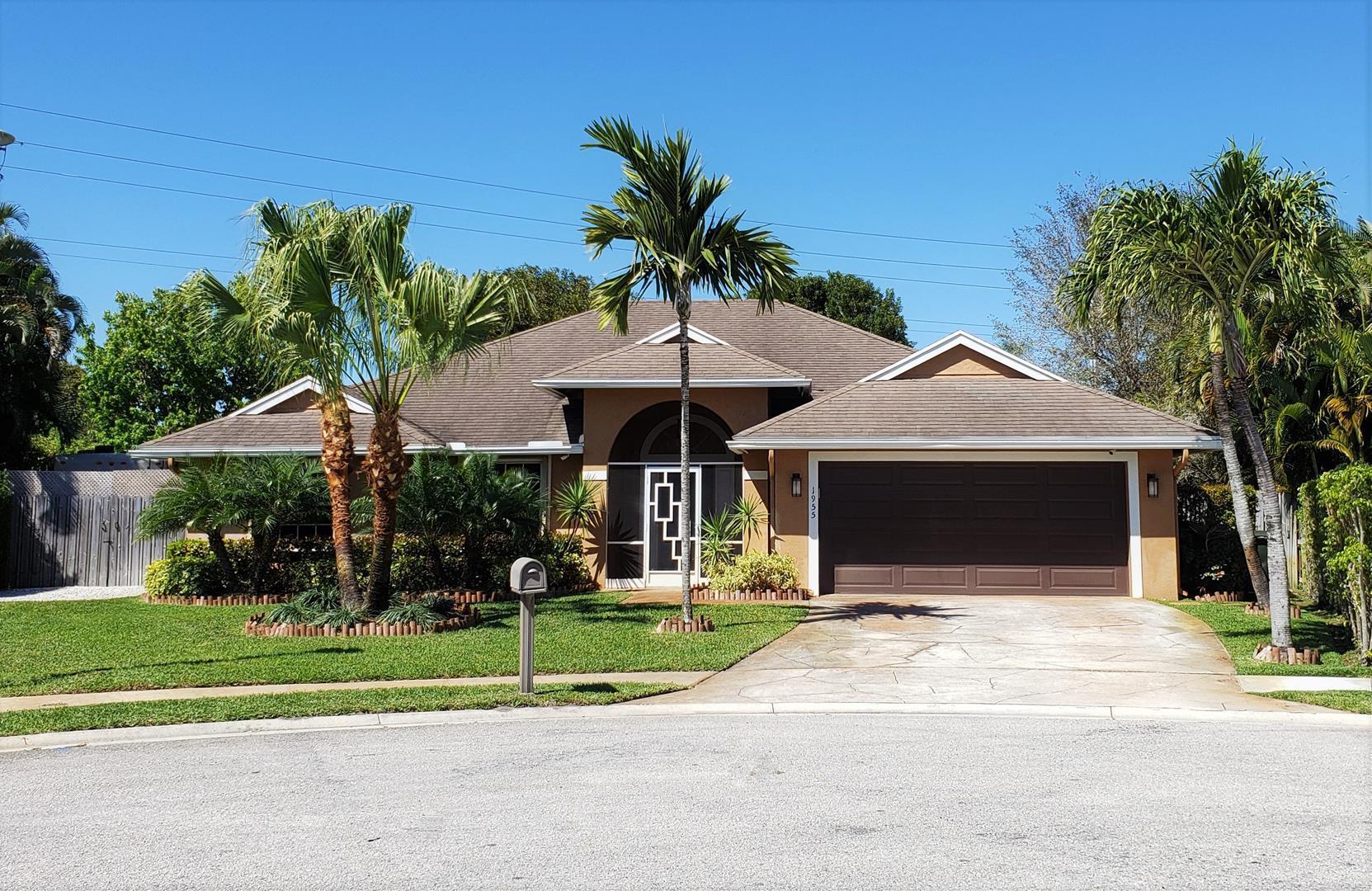 1955 Lindsey Court Wellington, FL 33414