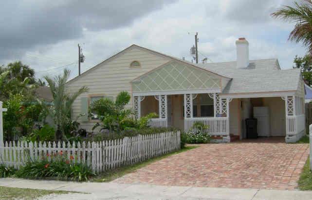 310 NE 1st Avenue  Delray Beach, FL 33444