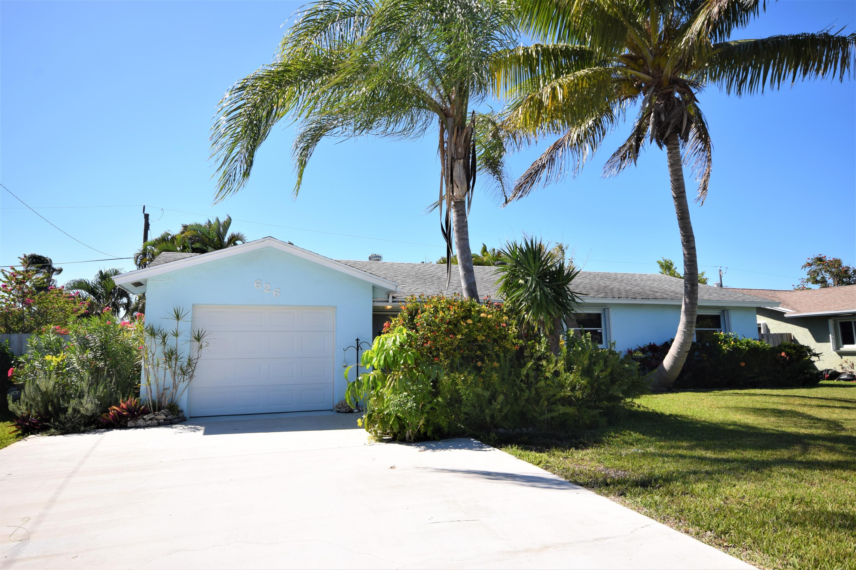 626 Bunting Drive  Delray Beach, FL 33444