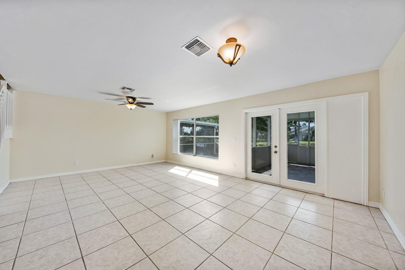 1132 W Lakes Drive Deerfield Beach, FL 33442 photo 12