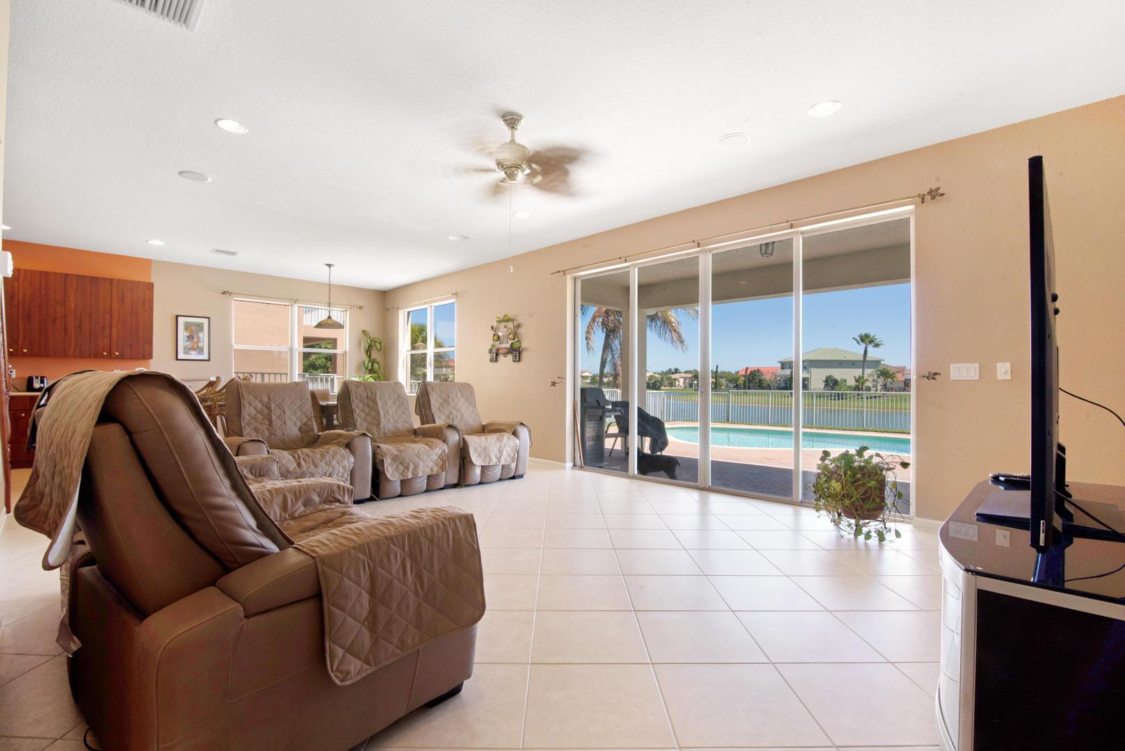 191 Bella Vista Way Royal Palm Beach, FL 33411 photo 9