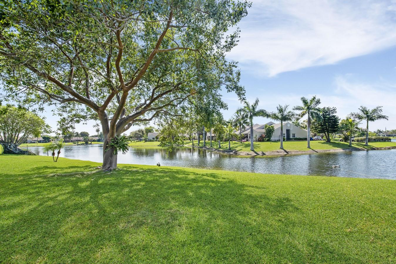 1132 W Lakes Drive Deerfield Beach, FL 33442 small photo 26