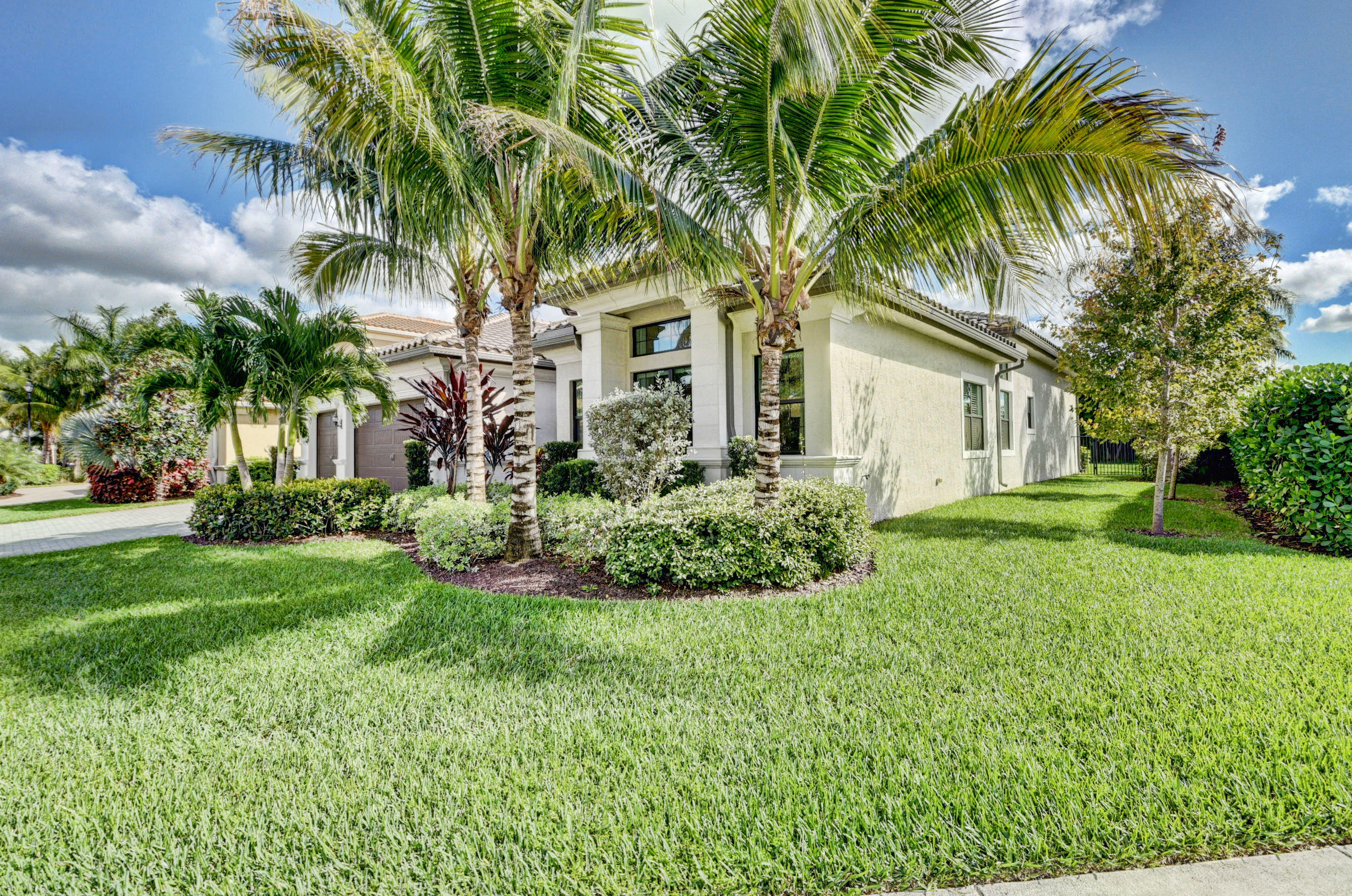 9337 Tropez Lane Delray Beach, FL 33446 photo 2