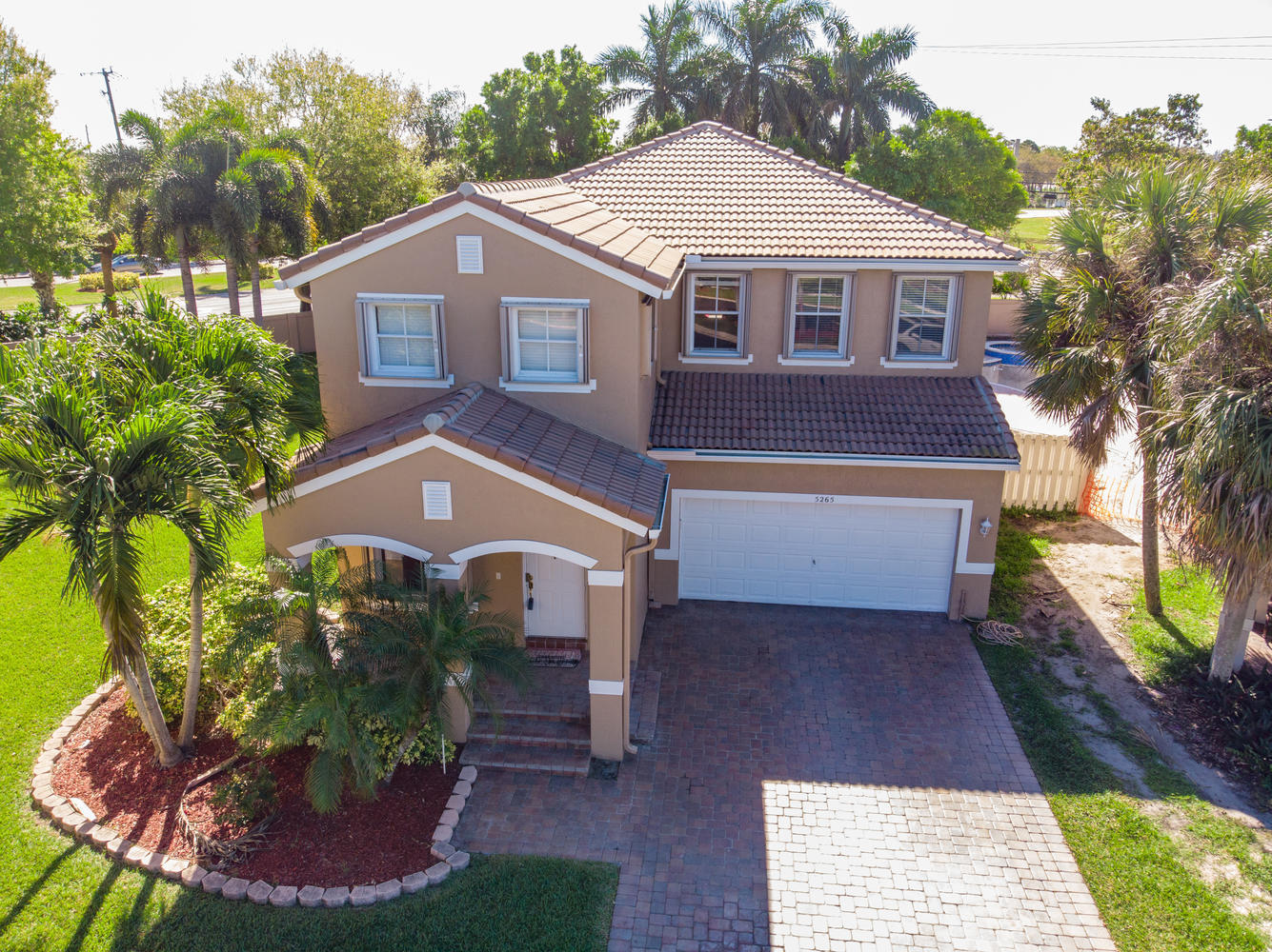 5265 Sancerre Circle Lake Worth, FL 33463