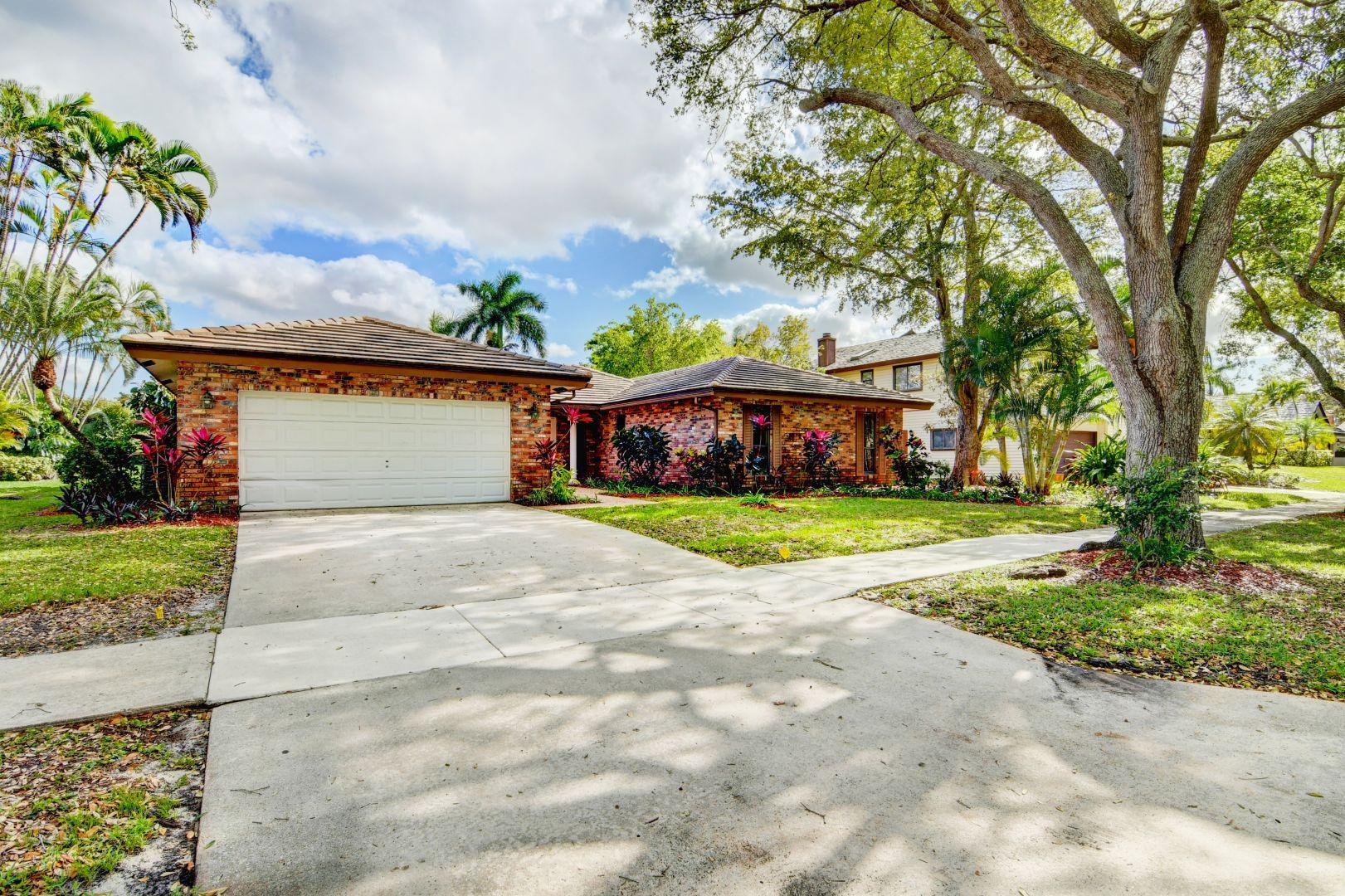 3432 Pine Haven Circle  Boca Raton, FL 33431